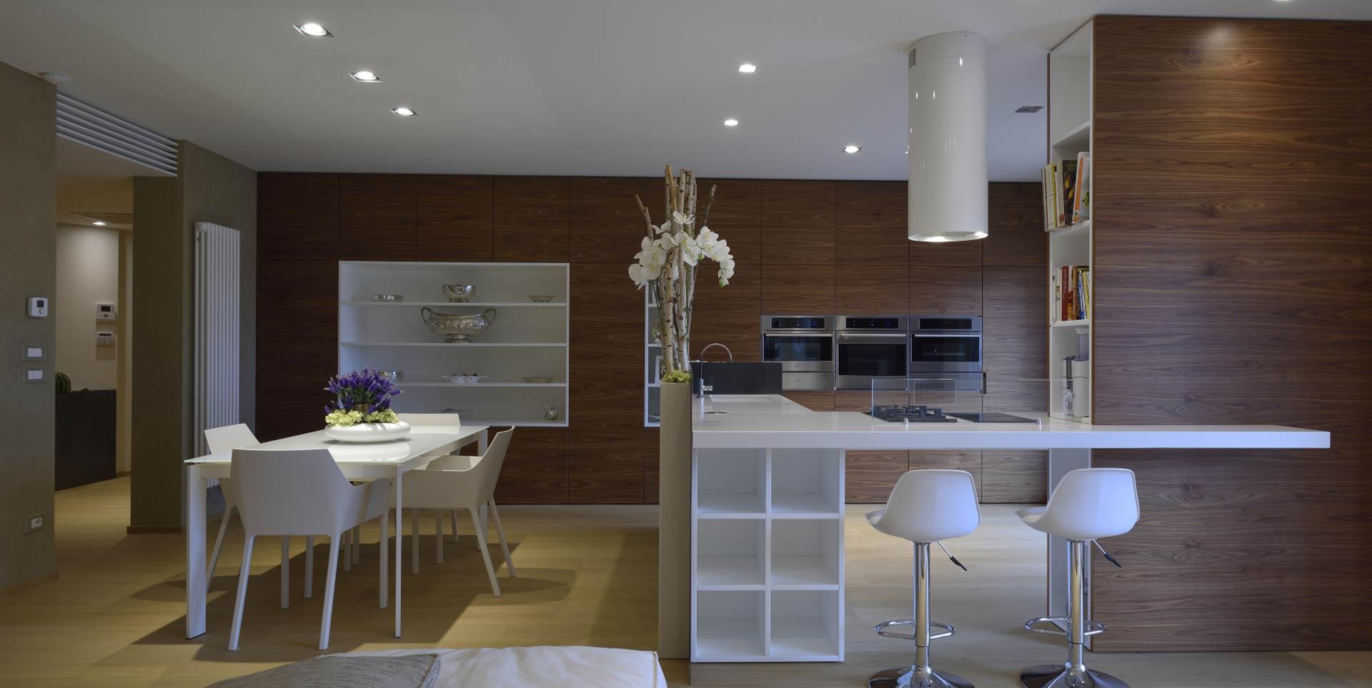 Cucine Componibili Matera.Lady Cucine Arredamento Cucine Living Camere Da Letto